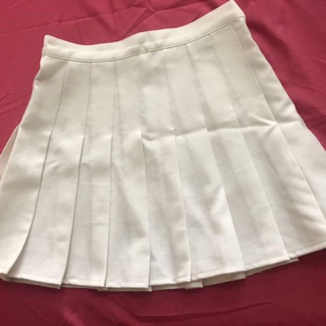 白色百褶裙 S號
