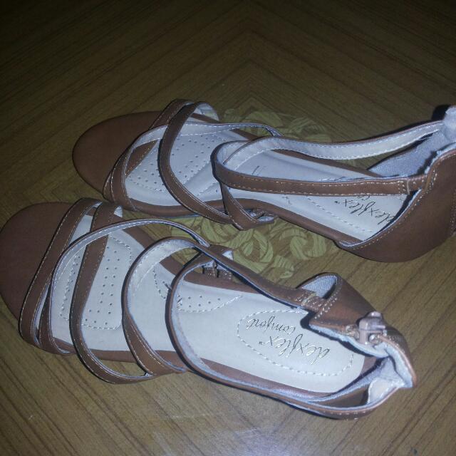 authentic dexflex comfort fashion sandals