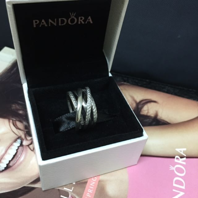 Authentic Pandora Entwined Ring S50