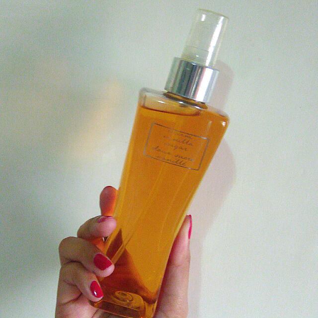 Bath & Body Works Body Spray (Warm Vanilla Sugar)