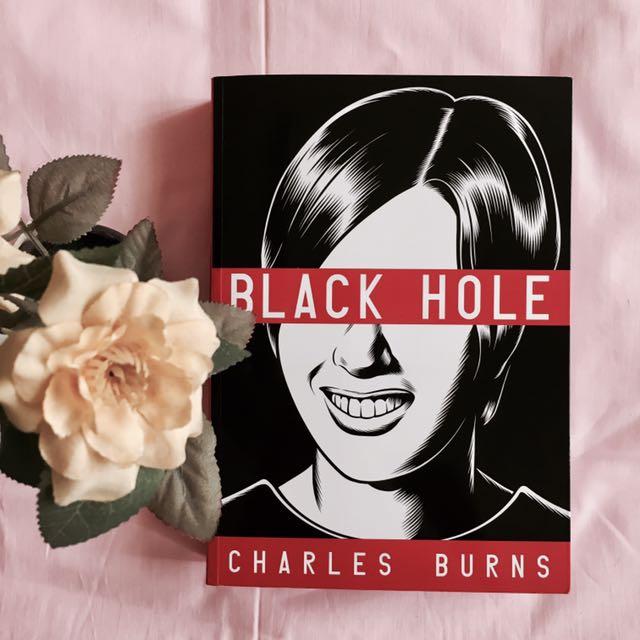 Black Hole (Graphic Novel) By Charles Burns