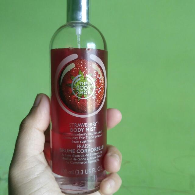 Body Mist Strawbery The Body Shop