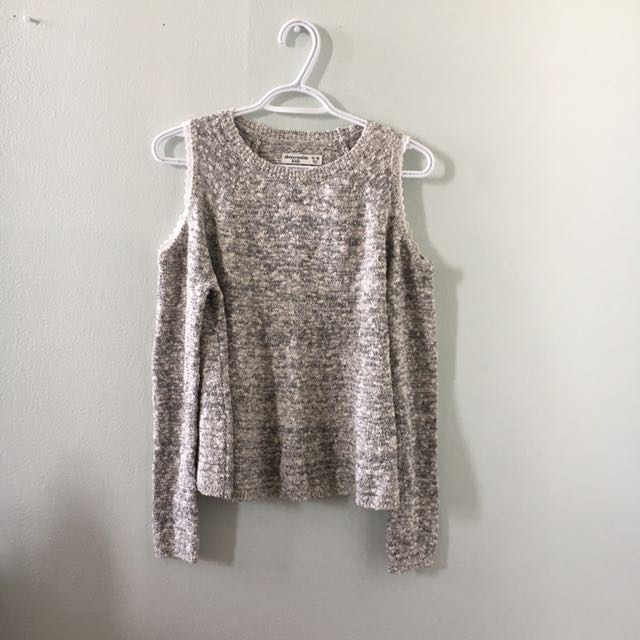 Brand New Abercrombie&Fitch Off The Shoulder Sweater