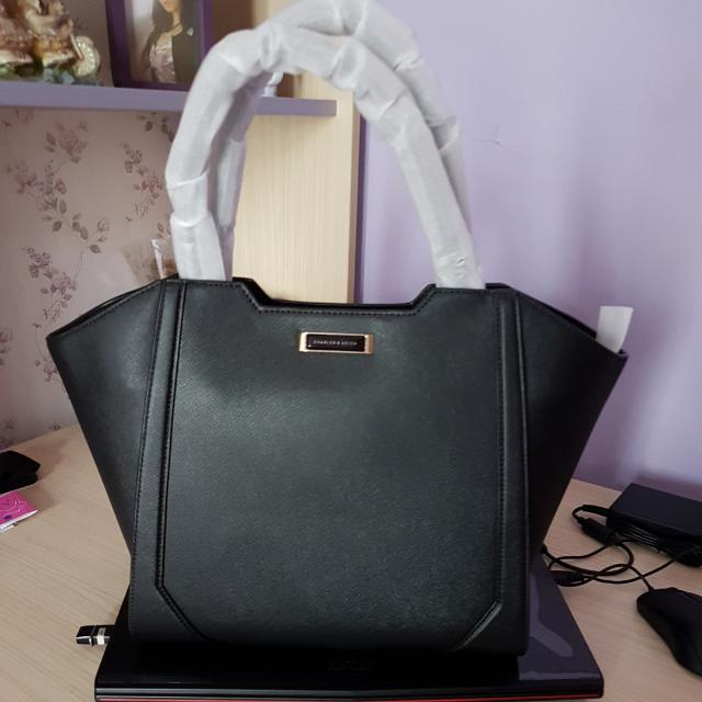 Charles & Keith Black Trappezed Bag