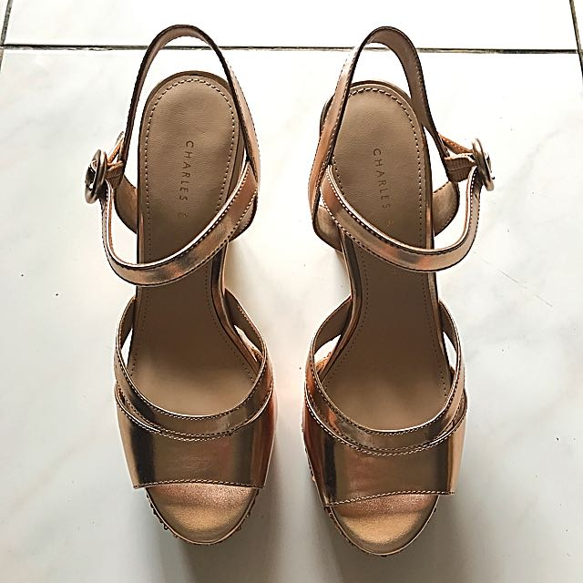 Charles Keith Brand new size 35 Rose Gold