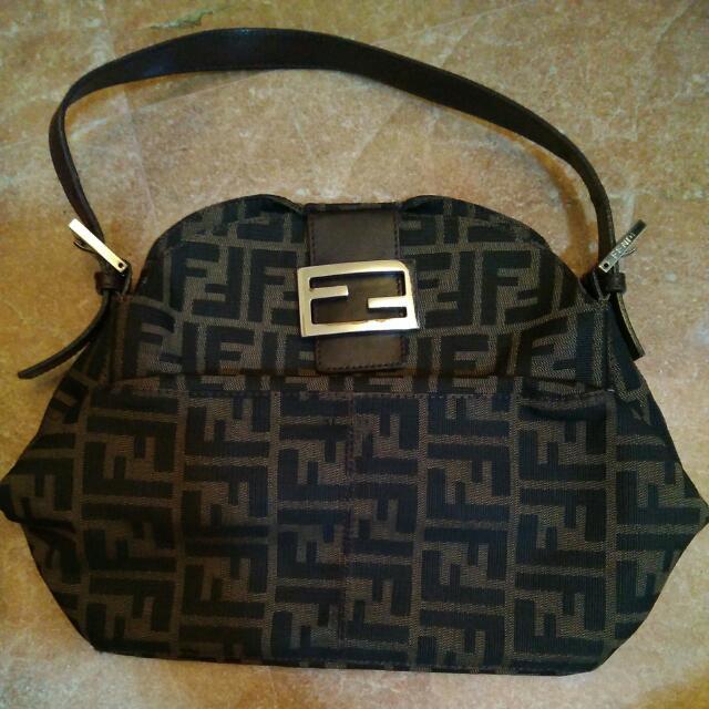 d8f439cf55f3 ... sale fendi handbag luxury bags wallets on carousell 2255a 6cf47 ...