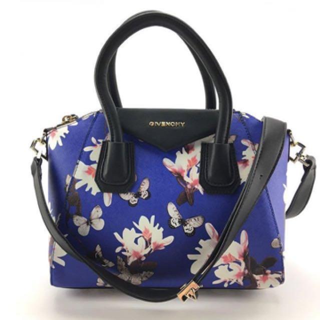 06c21c9b35 Givenchy Antigona Floral Bag