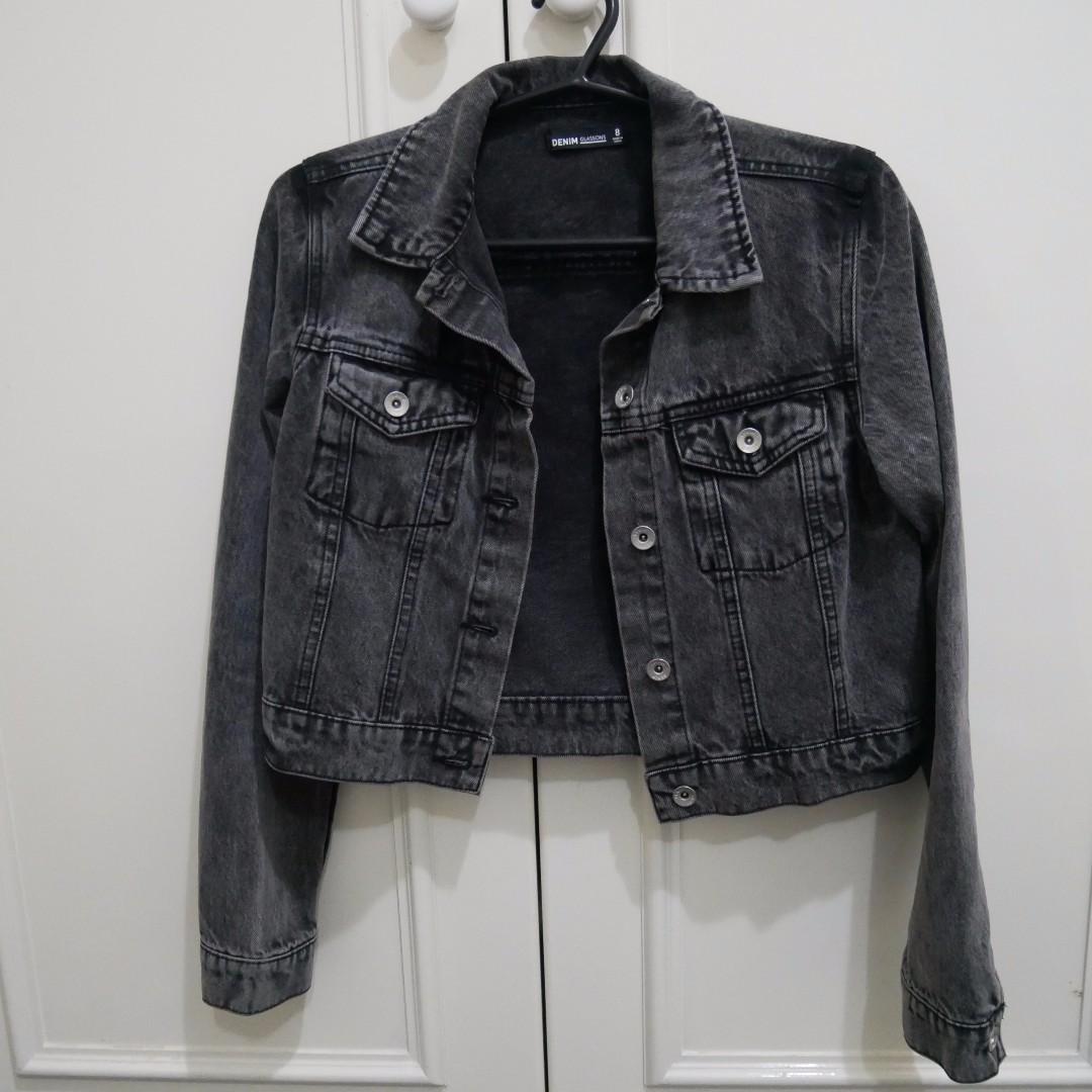 Grey denim jacket - size 8