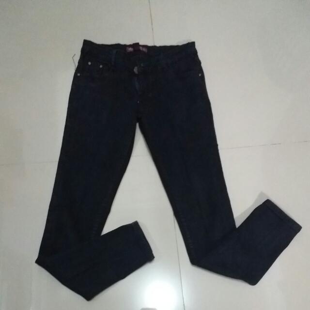 Jeans Hitam Uk.29