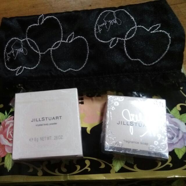 Jill Stuart 璀璨珠光身體亮蜜粉 同名香皂 蘋果彩妝包 #手滑買太多