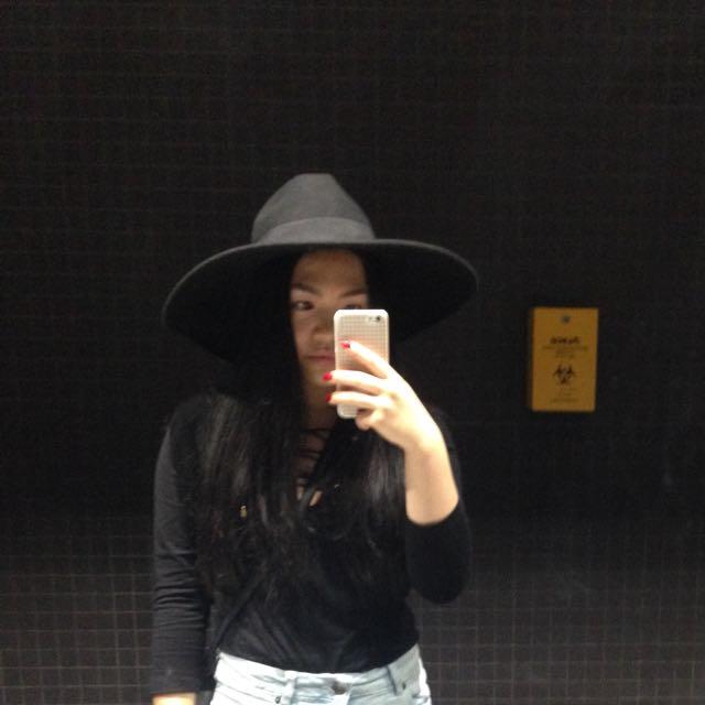 Kookai black wide brimmed hat
