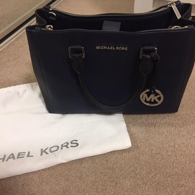 Michael Kors Large Handbag NEGOTIABLE