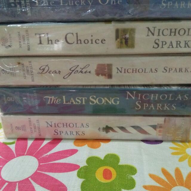 Nicholas Sparks Books (5 For 500)