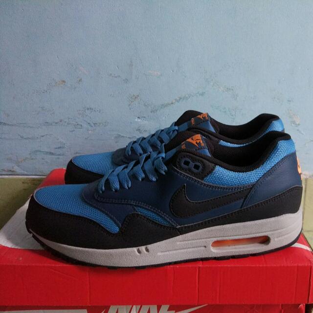 sale retailer 2dedd a9d71 Nike Airmax 1 Essential(Stratus Blue), Men's Fashion, Men's Footwear ...