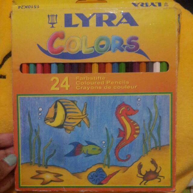 Pensil Warna Lyra