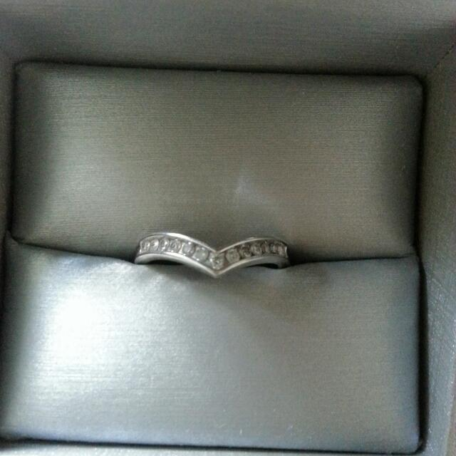 People's 10k White Gold Band With Diamonds + Warranty
