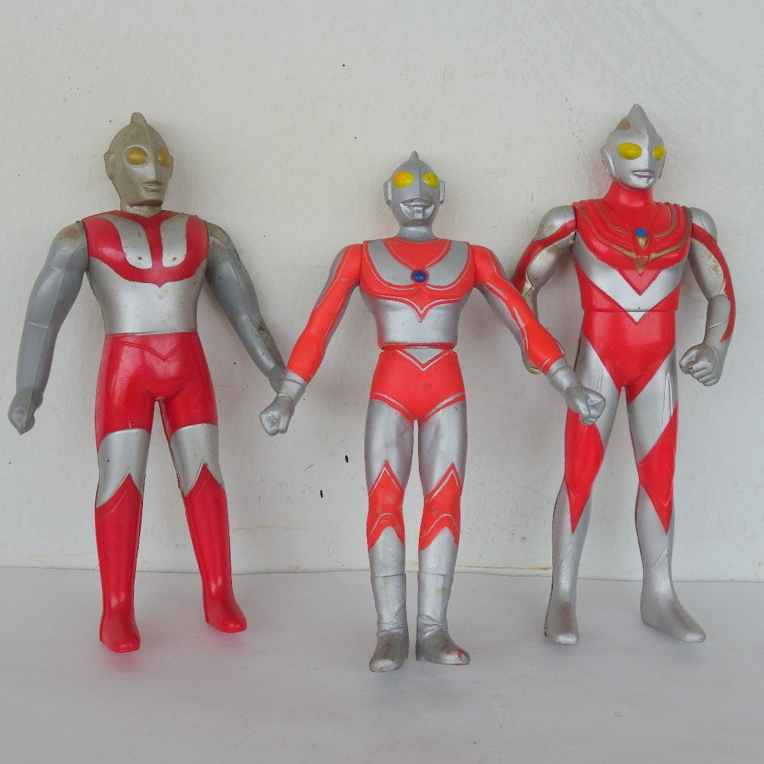 Rare Vintage Collectibles Old Toys Ultraman Action Figure