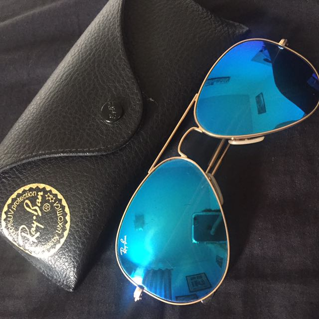 Raybans Blue Mirrored Lens