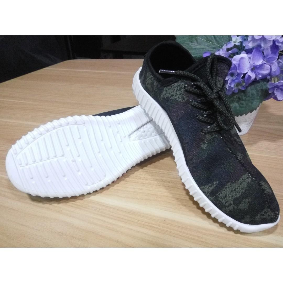 Sneakers Pria Import Korea - Olive