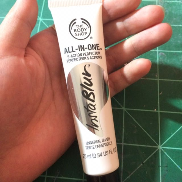 The Body Shop All-In-One Instablur Face Primer