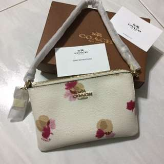 Coach - BN Small Wrislet (Authentic)