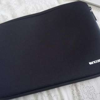 Incase Macbook Case