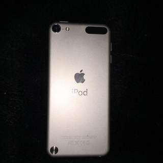 silver ipod 5