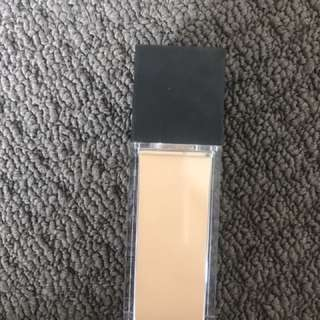 Makeup Store Sculpt Excellence Foundation Shade Corn