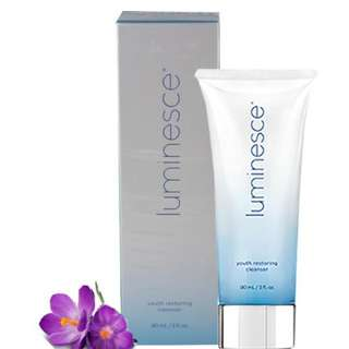 LUMINESCE™ YOUTH RESTORING CLEANSER