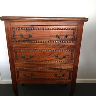 Vintage Look 👀 Chest Of Drawers