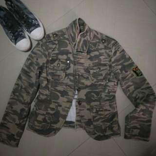 Pre Loved Camouflage Denim Jacket