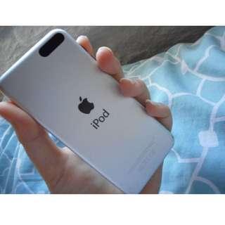 iPod 5th Generation (Silver) 32gb