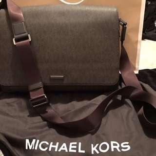 Michael Kors Men's Messenger Bag (New and never used)