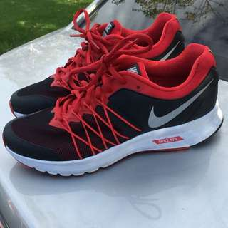 Nike Air Rentless 6