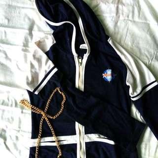 Jaket Biru Dongker Putih