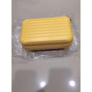黃色盥洗包