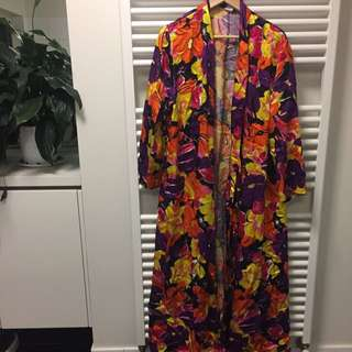 Floral jacket / dressing gown / kinono