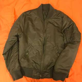 軍綠夾克MA-1