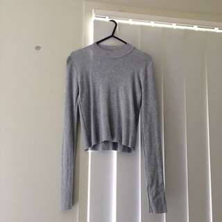 SIZE XS VALLEYGIRL LONGSLEEVE TOP
