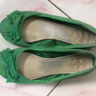 Preloved Rubi Flat Shoes
