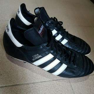 Copa Mundial Adidas Soccer Boots US10 (cutting is more like US11)