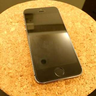 iPhone 5s 16G 黑色