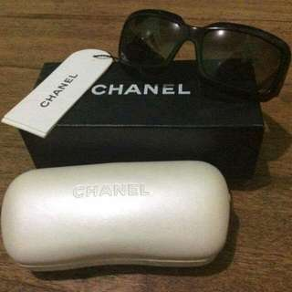 Authentic Chanel Sunglass (shades)