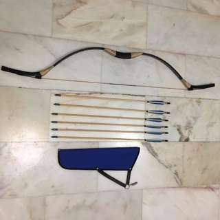 ARCHERY TRADITIONAL BOW 30# with arrows and quiver