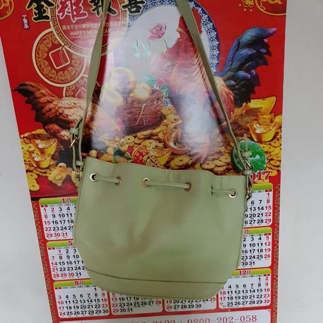糖果綠水桶包