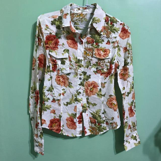 東京著衣 薔薇花襯衫