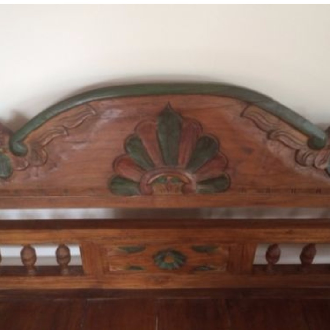 Antique-bench