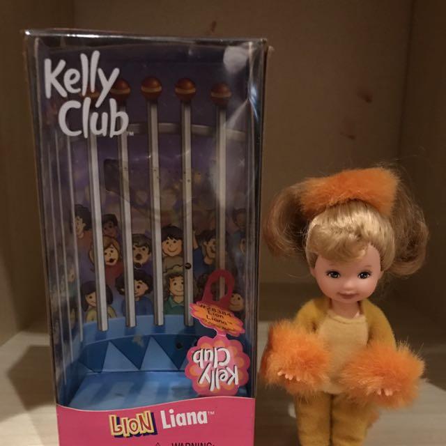 Boneka Barbie Kelly Club