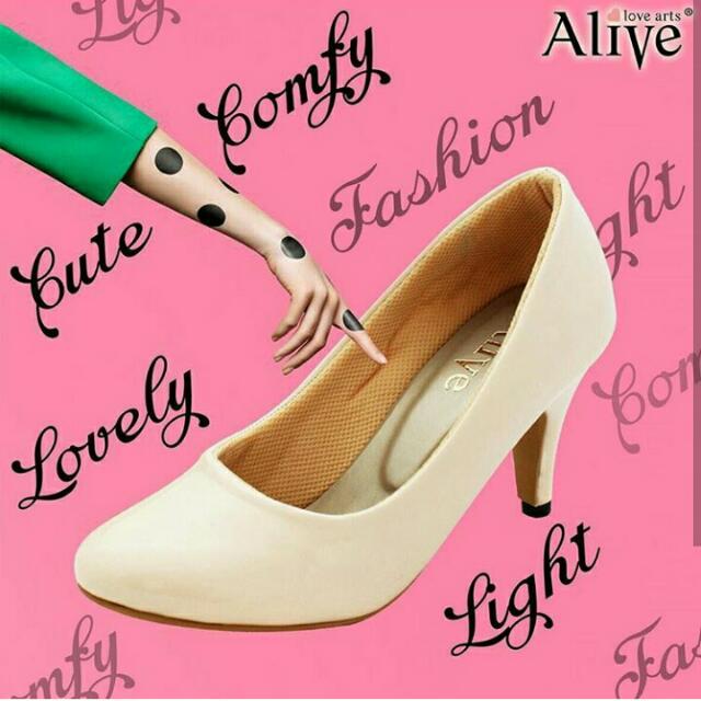 Heels Basic Pump Cream Alive Love Arts
