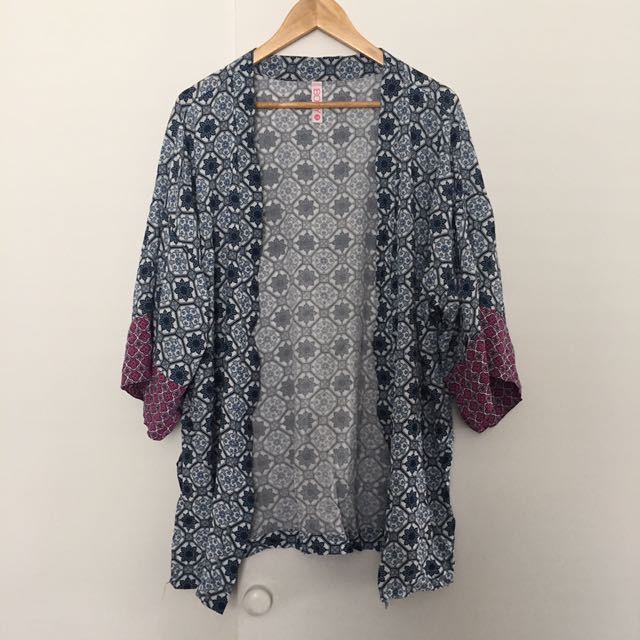 Cotton On Kimono